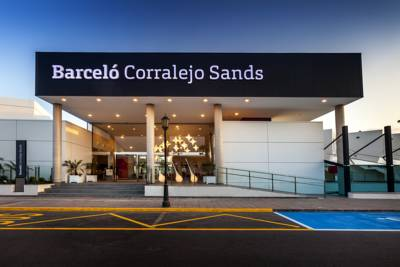 Hotels  -  Barceló Corralejo Sands