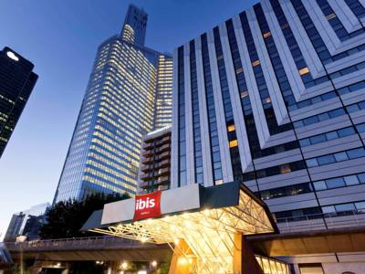 Hotels  -  ibis Paris la Défense Centre