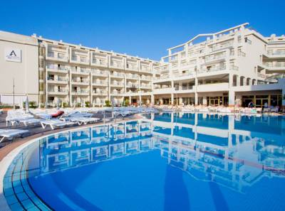 Hotels  -  Aqua Hotel Aquamarina & Spa