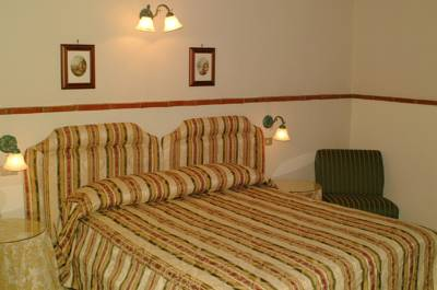 Hotels  -  Ares Hotel