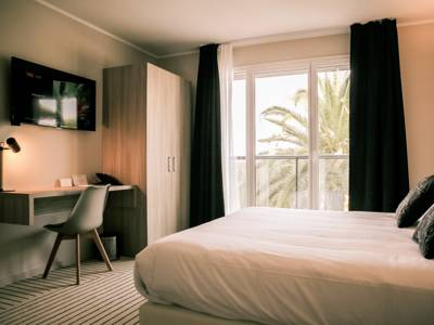 Hotels  -  Best Western Plus Antibes Riviera