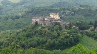 Hotels  -  Castello Costaguti