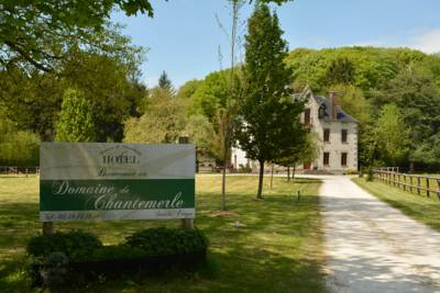 Hotels  -  Domaine de Chantemerle
