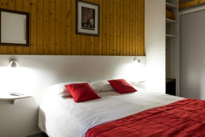 Hotels  -  Fasthotel Thones