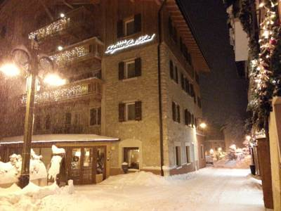 Hotels  -  Folgaria Post Hotel