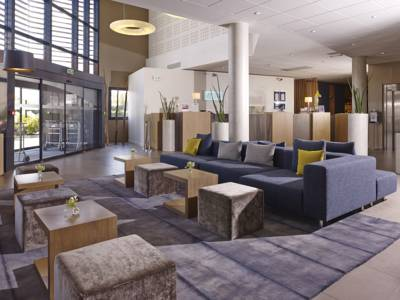 Hotels  -  Holiday Inn Express Toulouse Airport