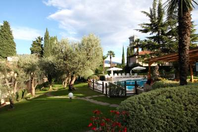 Hotels  -  Hotel Adria & Resort