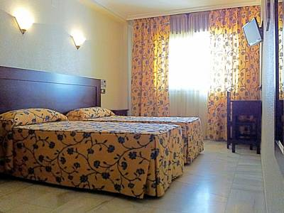 Hotels  -  Hotel Averroes