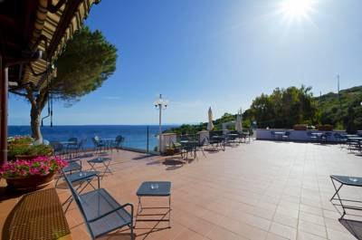 Hotels  -  Hotel Baia Imperiale