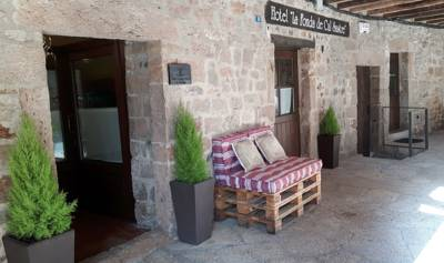 Hotels  -  Hotel Cal Sastre