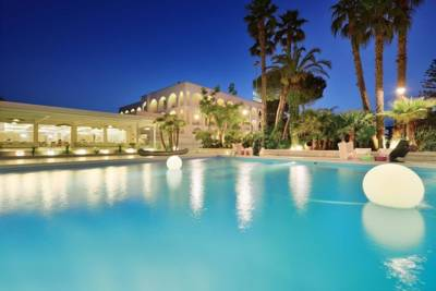 Hotels  -  Hotel Cerere