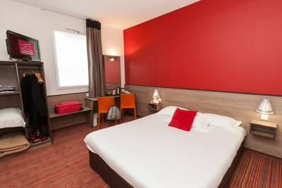 Hotels  -  Hotel Clermont Estaing
