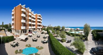 Hotels  -  Hotel Continental Fano