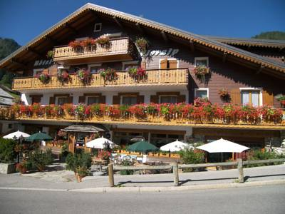 Hotels  -  Hotel Floralp