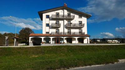 Hotels  -  Hotel Il Bucaneve