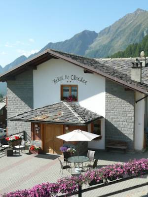 Hotels  -  Hotel Le Clocher