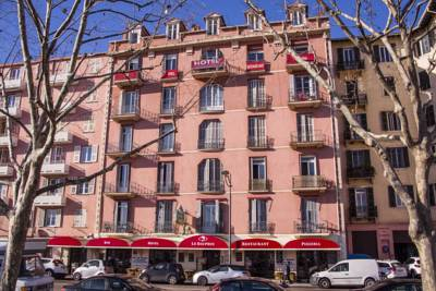 Hotels  -  Hotel le Dauphin