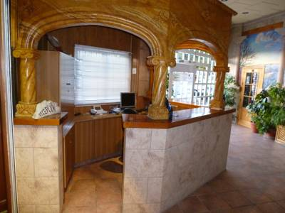 Hotels  -  Hotel Limas