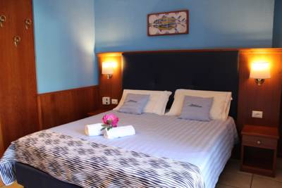 Hotels  -  Hotel Lungomare