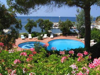 Hotels  -  Hotel Mare