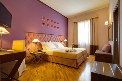 Hotels  -  Hotel Messenion