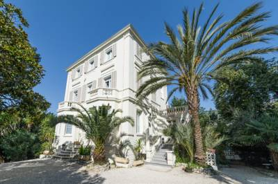 Hotels  -  Hotel Oxford Cannes