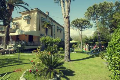 Hotels  -  Hotel Parma Mare