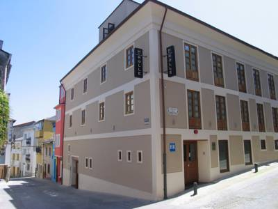 Hotels  -  Hotel Rolle
