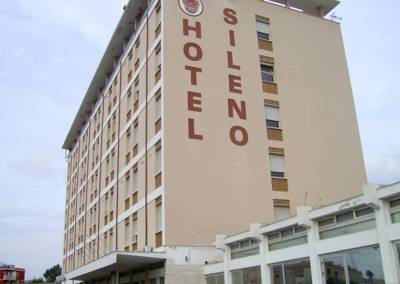 Hotels  -  Hotel Sileno