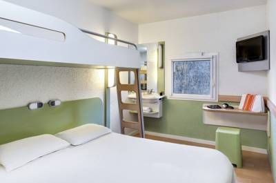Hotels  -  ibis budget Courbevoie Paris