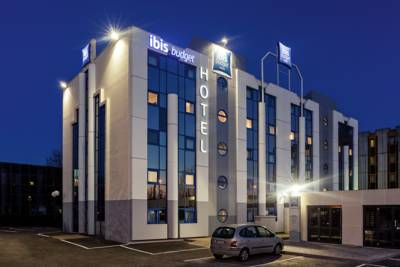 Hotels  -  ibis budget Grigny Centre