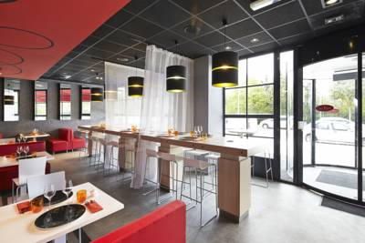 Hotels  -  ibis Marne La Vallee Champs-sur-Marne
