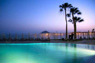 Hotels  -  Kn Hotel Arenas del Mar Adults Only