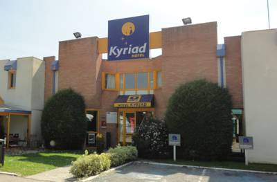 Hotels  -  Kyriad Chantilly