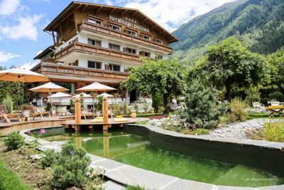 Hotels  -  L'Hermitage Hotels-Chalets de Tradition