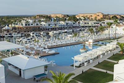 Hotels  -  Lago Resort Menorca - Adults Only