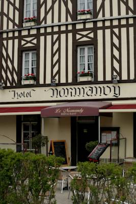Hotels  -  Le Normandy