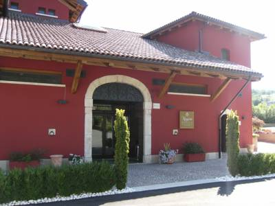 Hotels  -  Magione Papale Relais