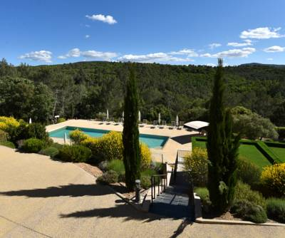 Hotels  -  Mercure Brignoles Golf de Barbaroux