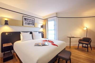 Hotels  -  Mercure Paris Saint-Ouen