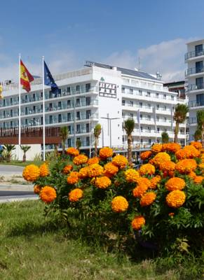 Hotels  -  Port Fiesta Park