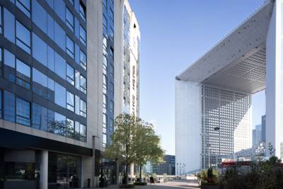 Hotels  -  Renaissance Paris La Defense Hotel