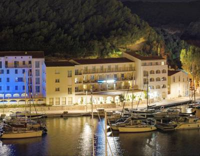 Hotels  -  Solemare