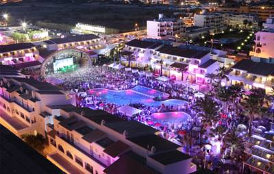 Hotels  -  Ushuaia Ibiza Beach Hotel - Adults Only