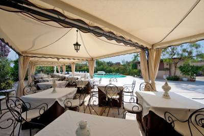 Hotels  -  Villa Barone